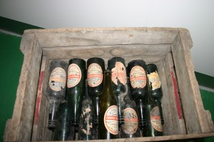 Old_Faroese_beer_bottles